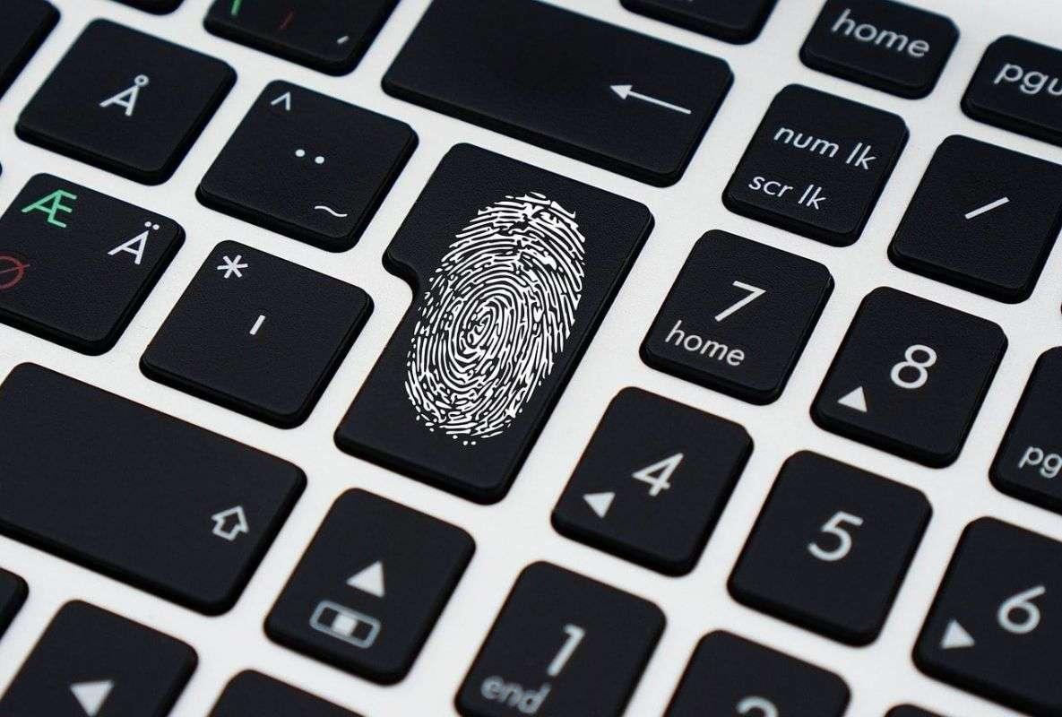 """Nueva Normativa Europea sobre Protección de Datos"""" + masterclass de D. José López Calvo"""