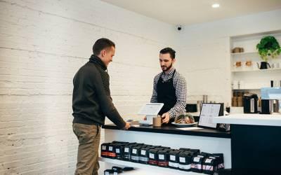 Operaciones auxiliares a la venta y Atención al cliente