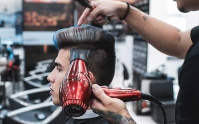 Peluquería y estilismo masculino con prácticas