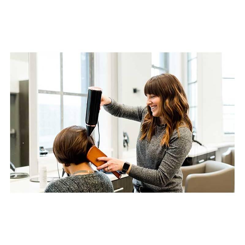 Curso online peluquería con prácticas