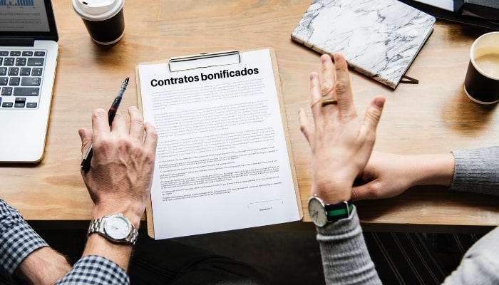 """Audiolís celebra una charla informativa sobre el """"Presente y futuro de los contratos bonificados"""", en colaboración con el COGS de Málaga y Melilla"""
