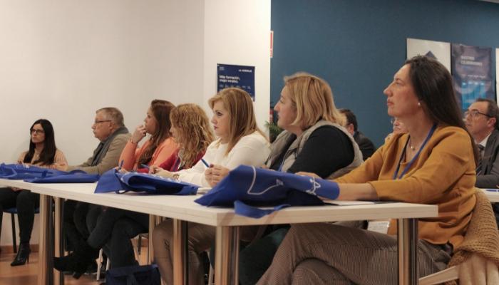 Audiolís y el Colegio de Graduados Sociales de Málaga y Melilla imparten una charla sobre las novedades de los contratos bonificados
