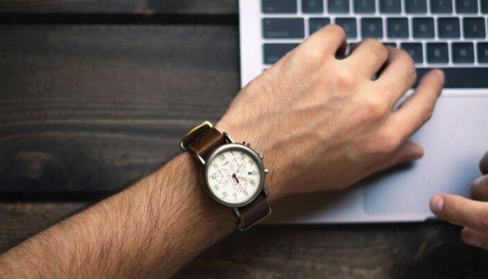 ¿Hay que recuperar las horas de los exámenes o tutorías de un contrato de formación?
